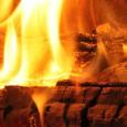 Es gibt 6 verschiedene Arten von Kaminöfen. Der Unterschied besteht natürlich auch in der Bauweise bzw. dem Aussehen, aber die Klassifizierung findet auf Basis der Befeuerungsart statt. Dauerbrand-Öfen Sie sind...